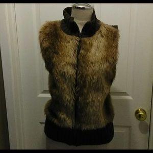 Mudd Sleeveless Faux Fur Vest Junior Large